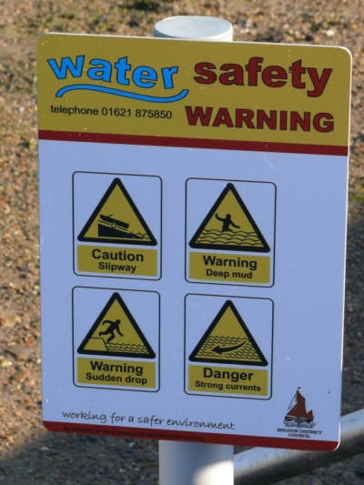 water-safety-rules-pvc-cartelli-pubblicitari